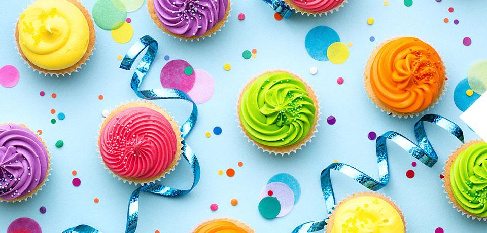 Capcake with colorful cream