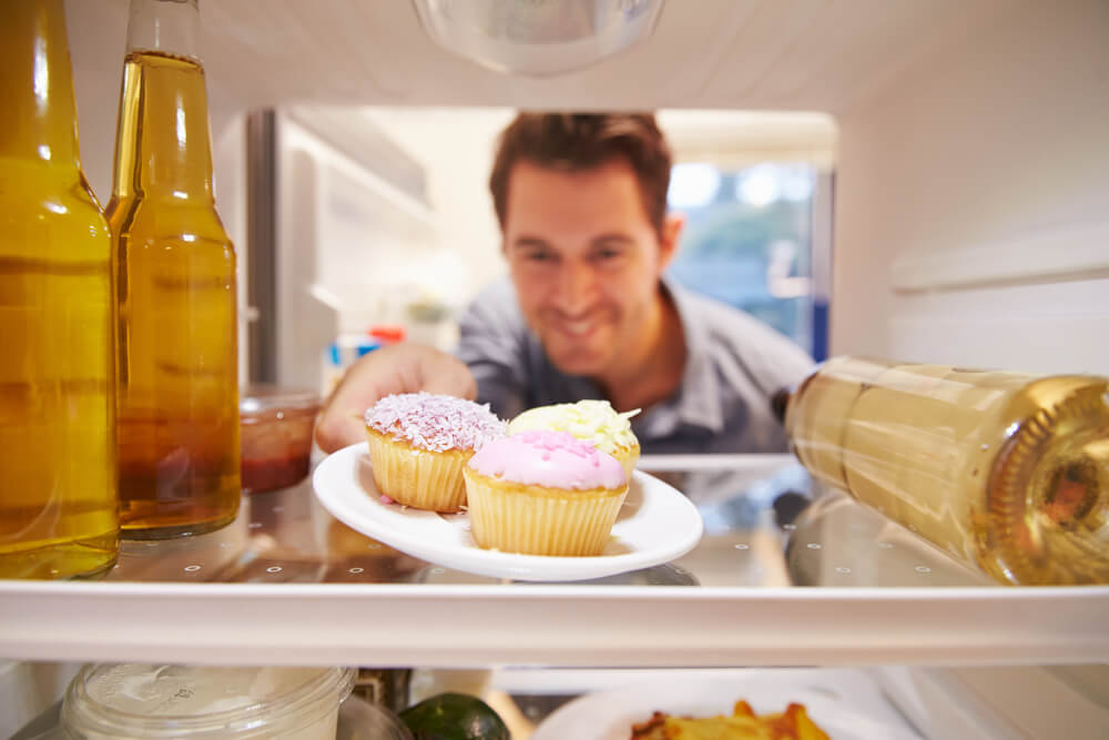 Should You Refrigerate Cupcakes